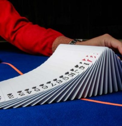 Why More And More People Love Playing In Virtual Casinos